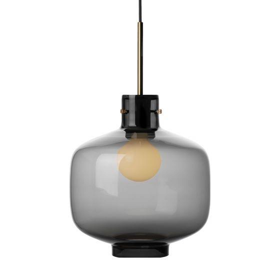 Arkivlampe 4180 fra Hadeland Glassverk i røkgrå med messing oppheng