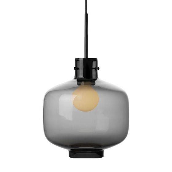 Arkivlampe 4180 fra Hadeland Glassverk i røkgrå med sort oppheng