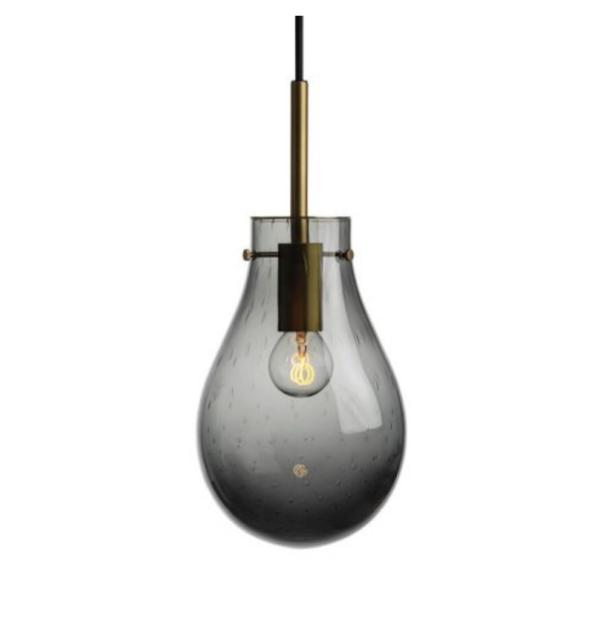 Dråpe lampe med mønster Dugg størrelse liten farge mørk røkgrå med messing oppheng fra Hadeland Glassverk