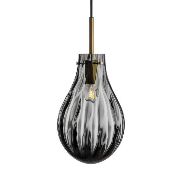 Dråpe lampe med mønster Dobbeltoptikk størrelse stor farge mørk røkgrå med messing oppheng fra Hadeland Glassverk