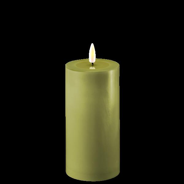 LED lys fra Deluxe Homeart. Stort kubbelys i olive
