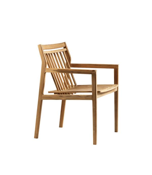 M1 Sammen Garden Chair. Hagestol i teak fra FDB Møbler sett snett fra siden