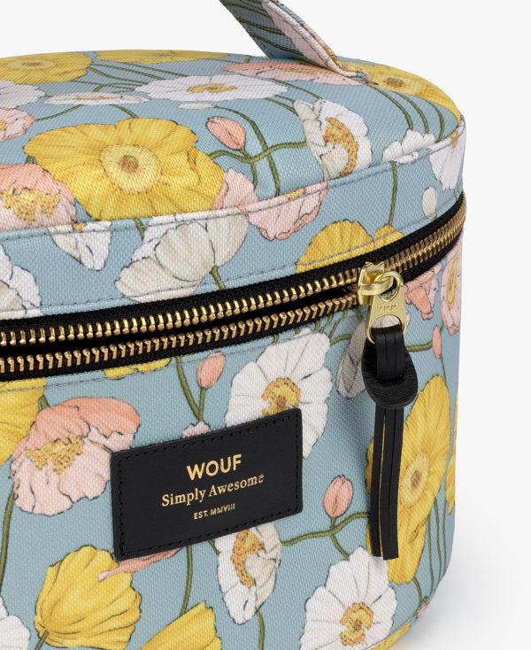 Alicia XL Makeup Bag. Toalettmappe med håndtak fra WOUF nærbilde