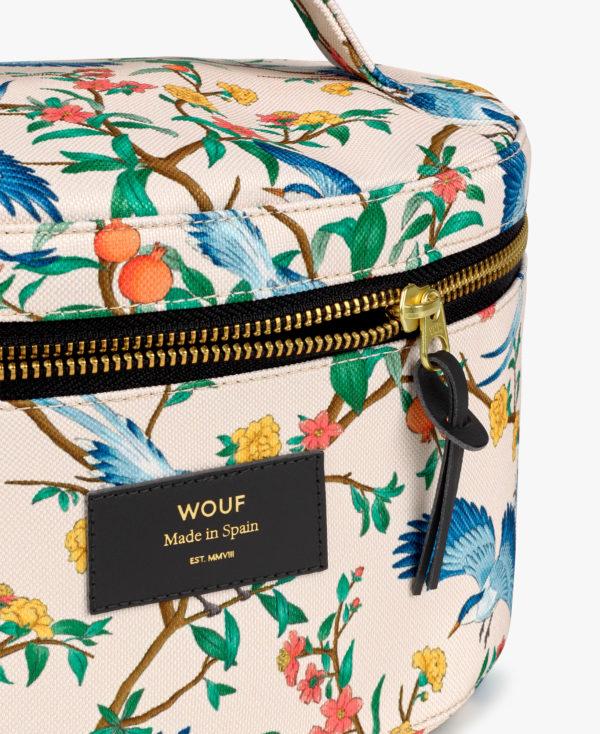 Phoenix XL Makeup Bag. Toalettmappe med håndtak fra WOUF detalje