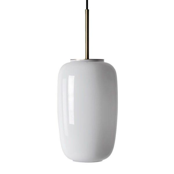 Arkivlampe 4178 fra Hadeland Glassverk i hvit opal farge med messing oppheng