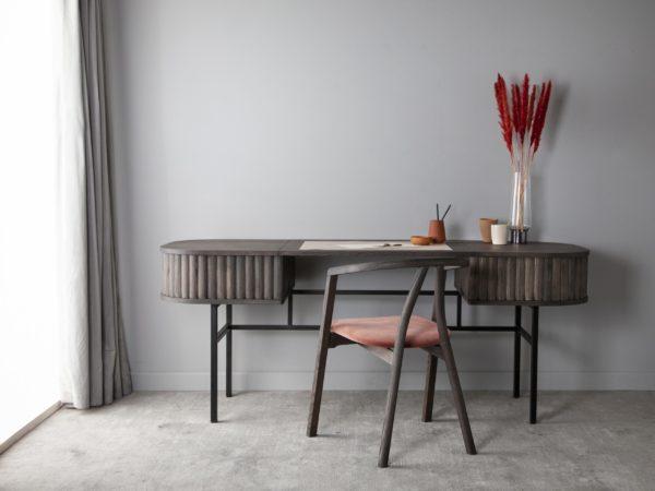 Velvet skrivebord fra danske Kristensen & Kristensen
