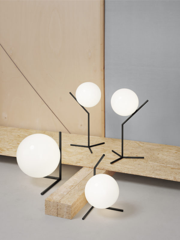IC Light T1 Lav sort