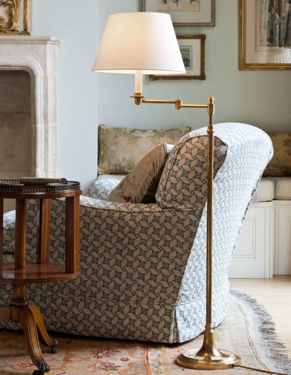 Sherborne gulvlampe fra Vaughan Designs
