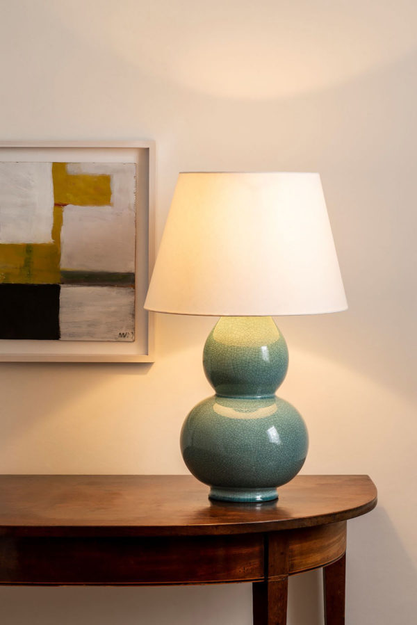 Avebury bordlampe i farge Duck egg fra Vaughan Designs 2